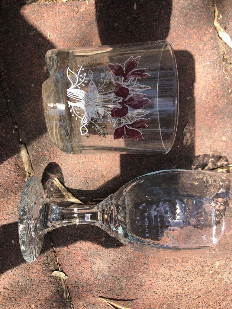 5 גביעים וחמש כוסות כבתמונה