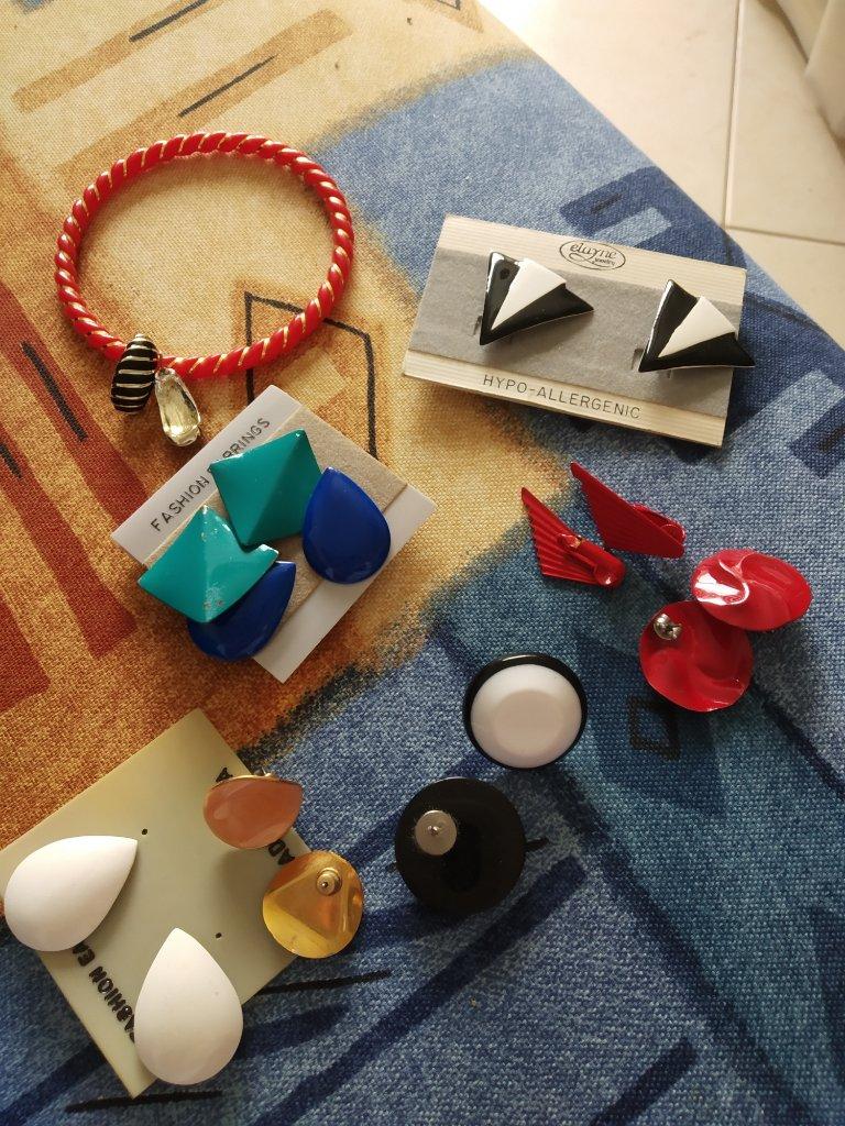 עגילים לנשים - Earrings
