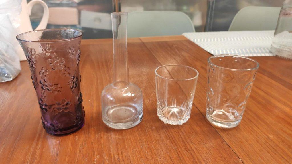 כוסות /אגרטל זכוכית קטן