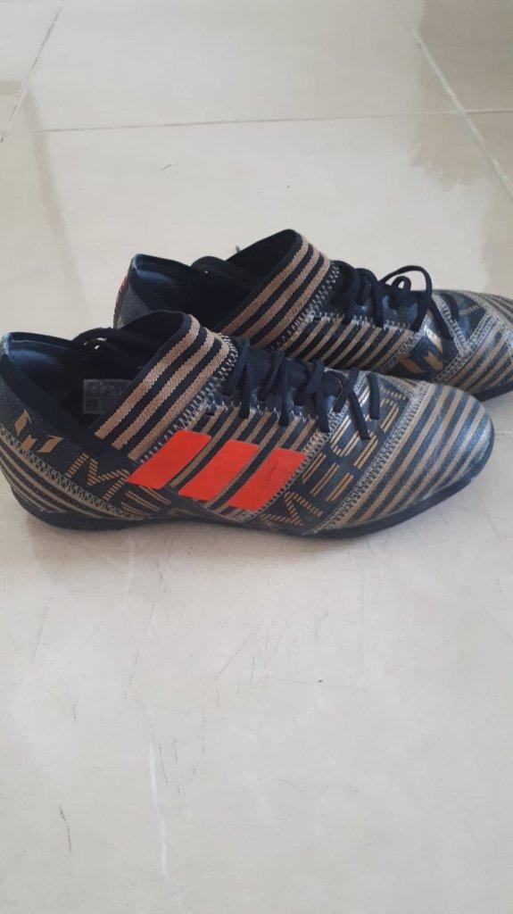 נעלי קט רגל אדידס