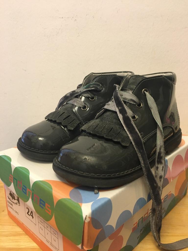 נעליים לבנות מידה 24