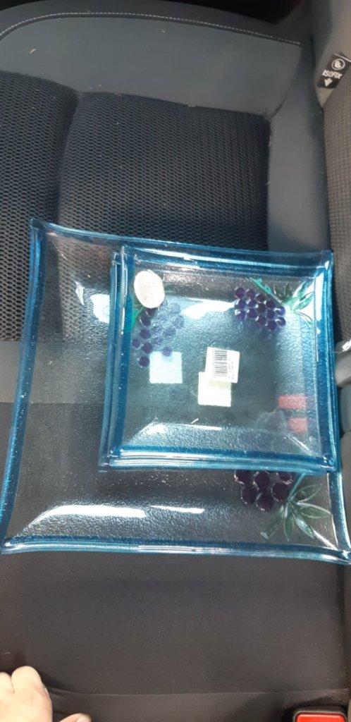 צלחות הגשה מזכוכית